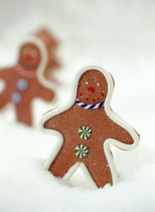 All across the land, folks are hard at work baking holiday treats.