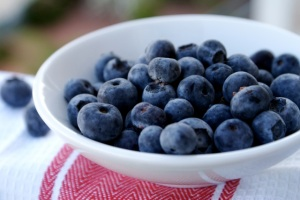 Blue- and red-hued foods may help improve cholesterol.